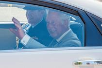Wat droegen de celebs op de Royal Wedding?