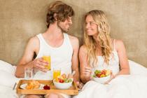 Gratis bruiloftscadeautjes voor bruidspaar