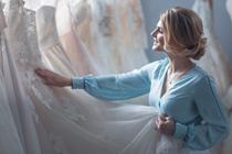 Zweet je veel? Kies dan dit type trouwpak | trouwjurk